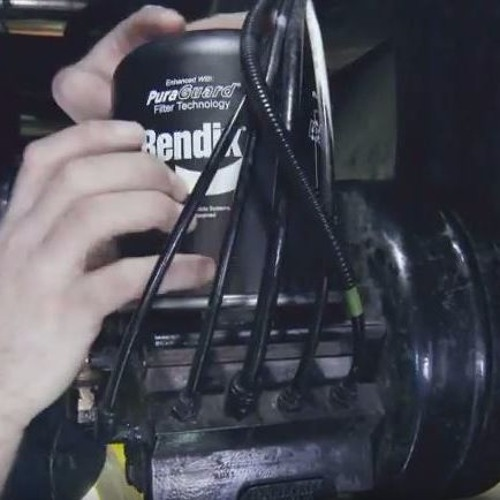 Truck Talk with Bendix: The Benefit of Buying Genuine Parts