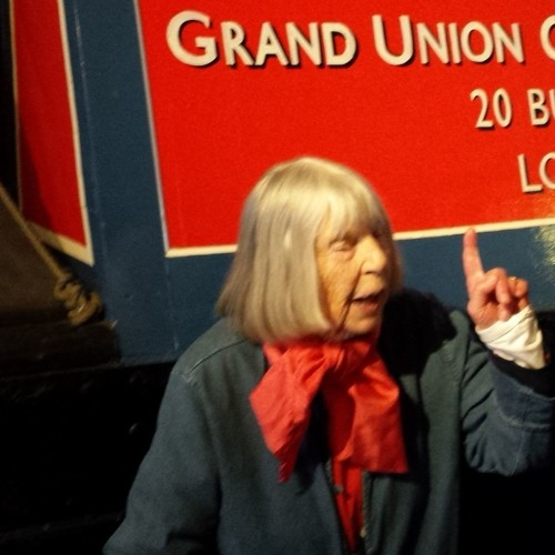 Emma Smith Remembers World War 2 on the Grand Union Canal