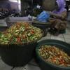 BUMN Kucurkan Cabai ke Pasar, Pedagang Mengeluh Ukuran Kecil mp3