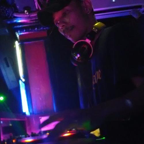 Mixtape Dj Riyan Noble Om Telolet,faded,dont Let Me Down