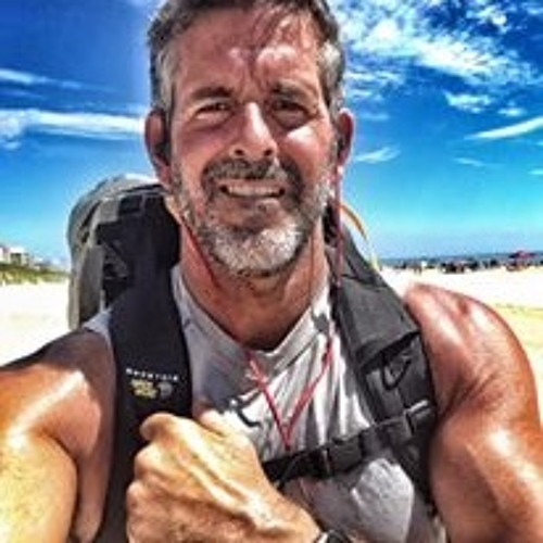 17: Ordinary Runner Doing Extraordinary Things: Talking with Frank Fumich