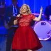 Kelly Clarkson - LIVE - Hard Candy Christmas By Dolly Parton