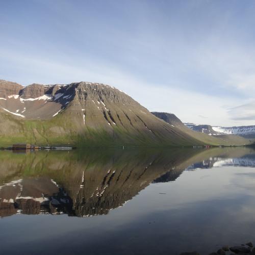 Northern Voices - Sofðu Unga Astin Min - Traditional Icelandic Lullaby/Arr. Fein