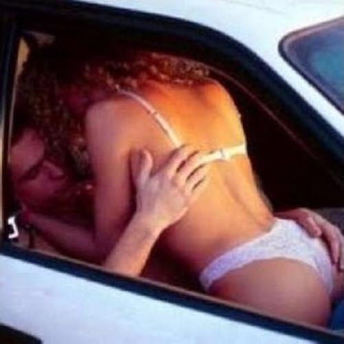 Resultado de imagem para fazendo amor no carro