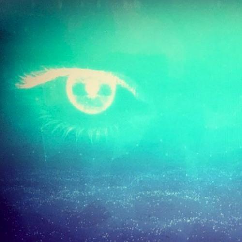 US - 'Eyez ' (Extended Mix)