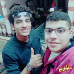 بحبك انت تأليف اشرف عنان غناء محمد أبوحسين