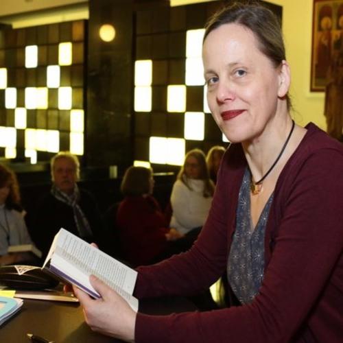 """Susanne Goga liest aus ihrem Buch """"Das Haus in der Nebelgasse"""""""