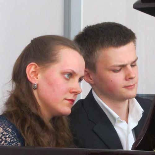 Claude Debussy - Petite Suite for piano 4 hands - Polina Rendak & Mikhail Dubov - II. Cortège