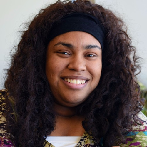 Novel Ideas: Episode #71 - Candice Interviews Angie Thomas