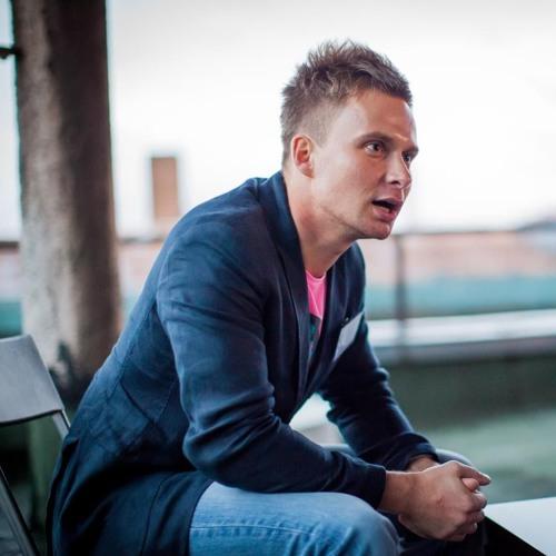 #76 Бизнес-брокер Алексей Комаров: почему Олег Тиньков продает свои бизнесы?