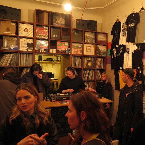 Farr Festival x OYE Kreuzkoelln Berlin: Rising Sun, Machine Woman, Antepop, Kitt