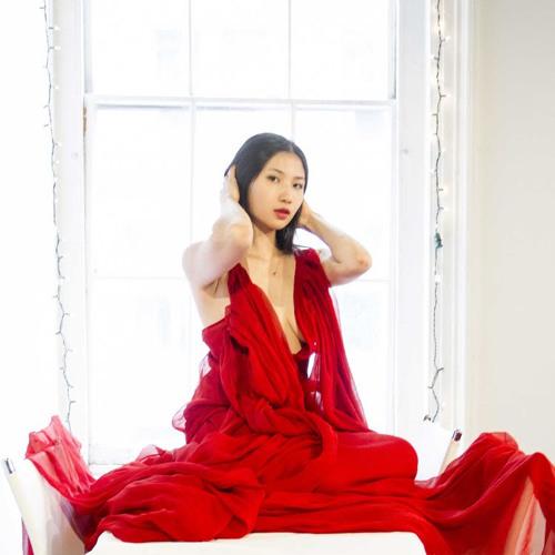 Daphne Cheng - Superhuman