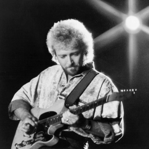 Keith Whitley died 30 years ago. Listen to an excerpt of his 1987 concert in Hazard, KY on WSGS
