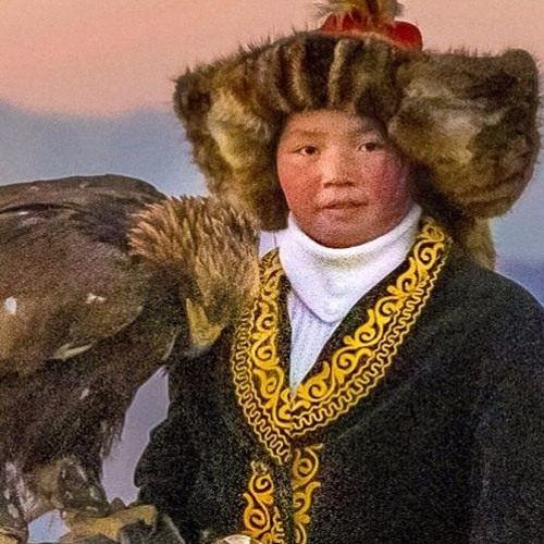 The Eagle Huntress (Primary)