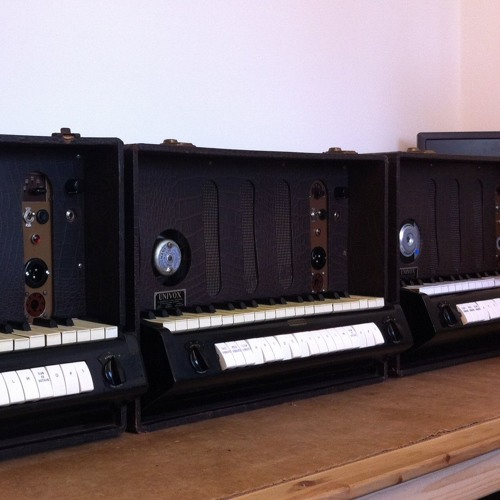 Duet: 60 Year Old Jennings J6 Tube Synth vs 36 Year Digital Synergy