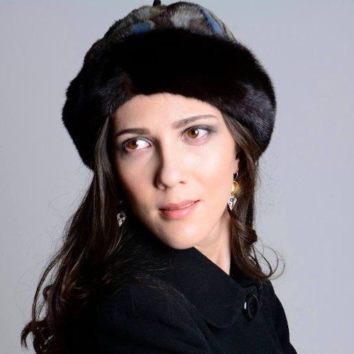 Lara Poe - Ensueño