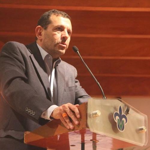 """""""Poner al mundo en llamas es ponerlo en cuestión, cimbrarlo e iluminarlo"""", Dr. Juan Carlos Henríquez"""
