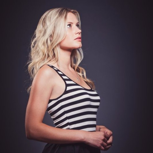 Joy Top 20 - Naomi Striemer Interview