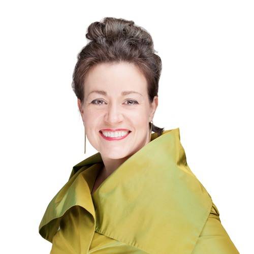 A Conversation with: Lisa Calhoun, CEO, Author, Mentor
