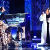 Alicia Keys & Andra Day - Medley (Someday At Christmas/ Holy War/ Rise Up) [Live]