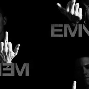 Download lagu Eminem Karate Kid (9.5 MB) MP3