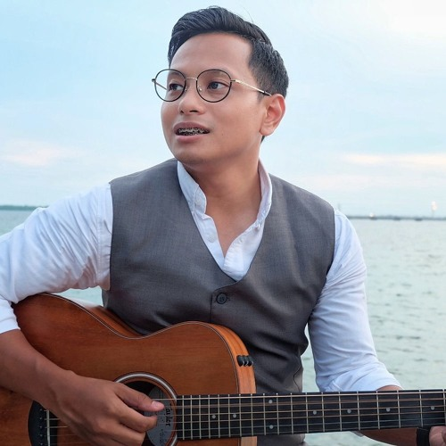 PAYUNG TEDUH - AKAD (ACCOUSTIC VERSION COVER BY ALGHUFRON