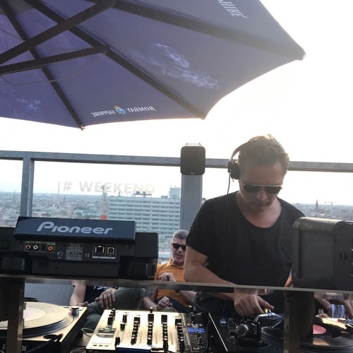 Download Dj Jauche - Weekend Club Rooftop 19 July 2017