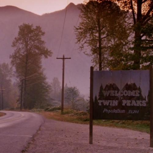Twin Peaks: Who Signs That Cool Version of Viva Las Vegas
