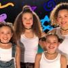 Gwen Stefani - Hollaback Girl (Haschak Sisters).mp3