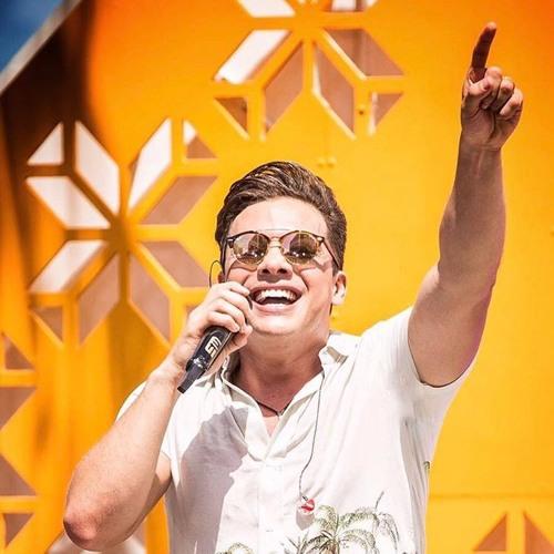 Wesley Safadão - Um Centímetro