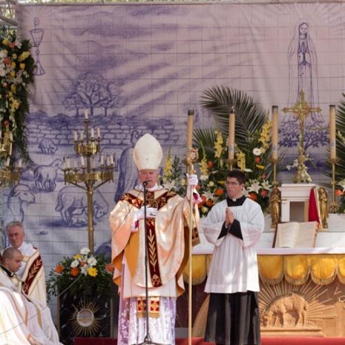 Fatima : sermon de Mgr Fellay (francais)
