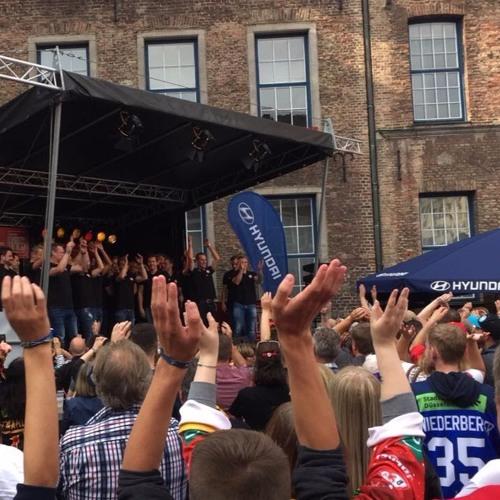 #2 Jubel und Tränen am Rathausplatz