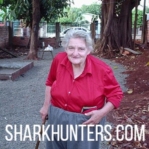 Episode 4618 - Who is the lady in red? - Harry Cooper makes amazing discovery in Paraguay
