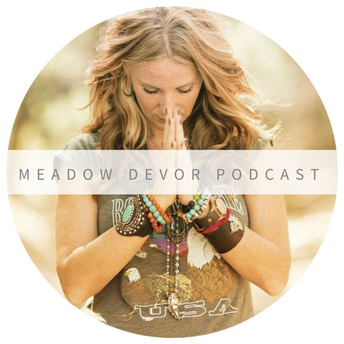S4 Ep12: Laura McKowen on Faith and Listening to the Soul