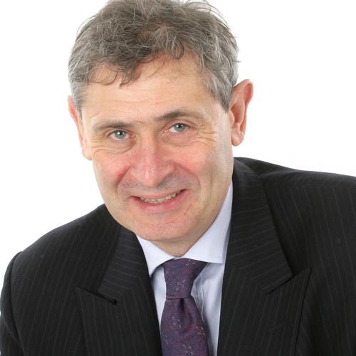 NJR Medical Director, Mr Martyn Porter, on BBC Radio Lincolnshire breakfast show - 01/09/2017