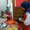 Leftover food gets a new lease on life, feeding Jakarta's needy