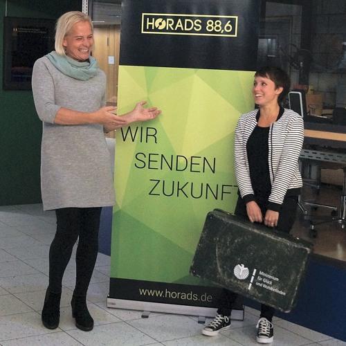 Talk mit Dana | 04 | Wahlsondersendung mit Glücksministerin Gina Schöler | Extended Version