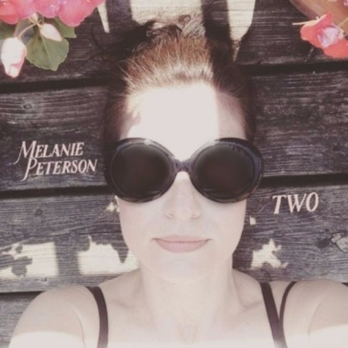 Melanie Peterson talks new music & performs 'Been So Long' LIVE