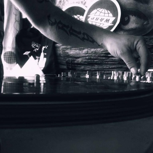 Tracklistings Mixtape #285 (2017.09.18) : Laka 942 (Vinyl Mix) Artworks-000243122733-zl1gfp-t500x500