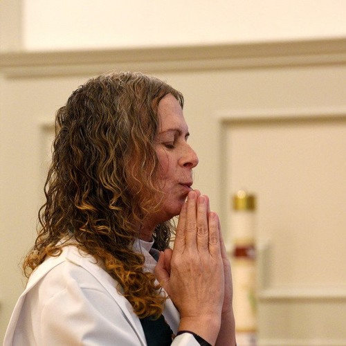 Transgender minister talks about her decision to come out to her former congregation