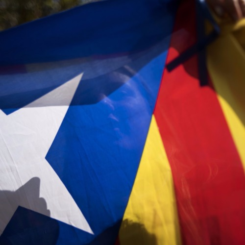 Catalan boyfriend/Spanish girlfriend. Debate at GPO protest