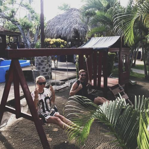 Yulia Niko b2b Avstin Frank - Live @ Playa El Tunco, El Salvador 14.10.2017