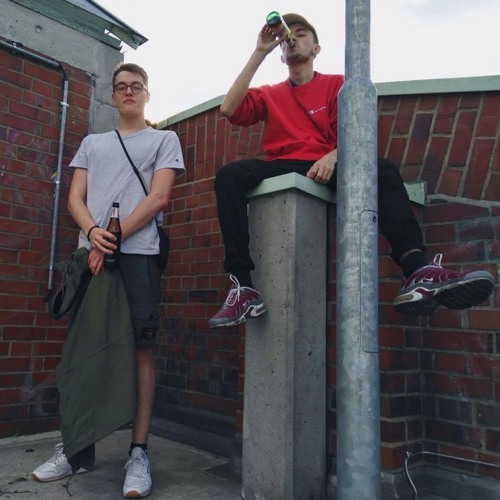 Wicküler im Sechserpack und catchy Hook ft. Thad (prod. Penacho)