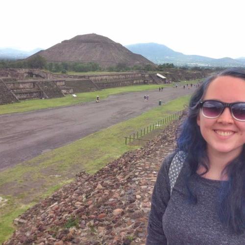 Episode 9 - Amy Poulton (Hong Kong/Italy/Mexico)