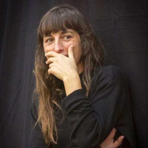 Interview de Juliette Armanet après sa visite à la répétition des choristes
