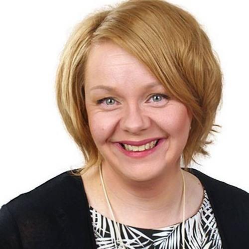 Sonja Falk. KD:n Vaihtoehtobudjetti haastaa hallituksen arvot.