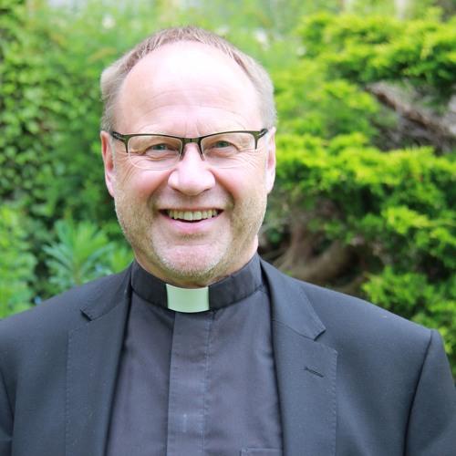 Remembrance Sunday, Archdeacon Robert Jones, 12 November 2017