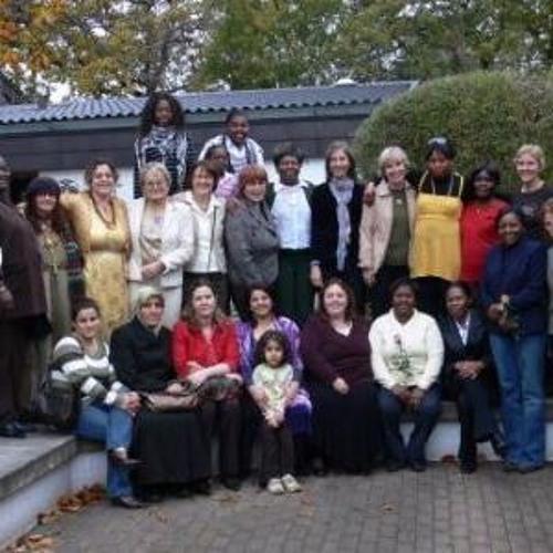 Die Mondfrauen - 25 Jahre Flüchtlings Und Migrationsarbeit In Norderstedt