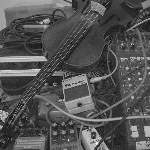 Noisevember - Nnja Riot - Violin Noise #1