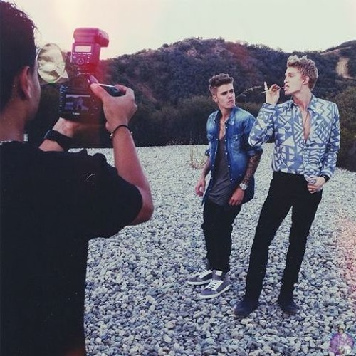 Justin Bieber - Stay Together Feat. Cody Simpson (Official